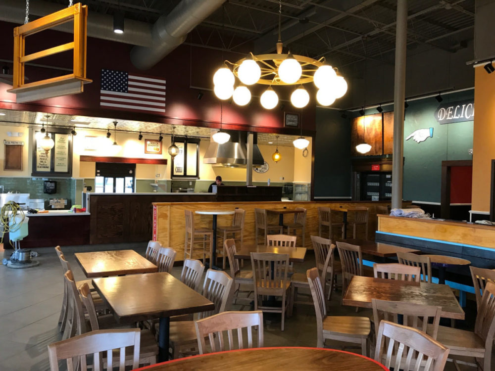 Potbelly – Dining Room